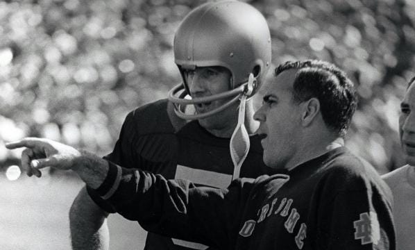 Twitter mourns the loss of Ara Parseghian