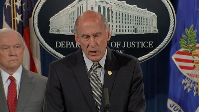 Top U.S. officials pledge crackdown on leaks