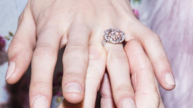 6198d1883e52a Costco must pay Tiffany $19.4 million for knock-off rings