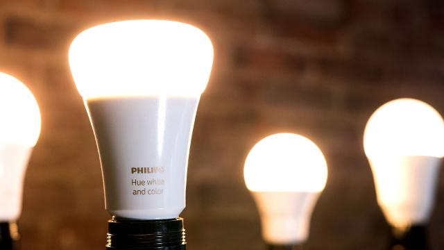 Everything you need to know before buying a smart light bulb