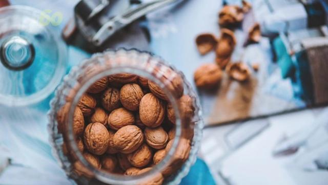 Here's how walnuts can help curb hunger