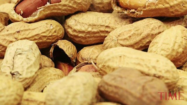 A new therapy may cure kids of peanut allergy