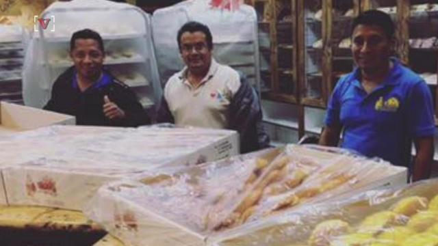 Trapped Bakery Staff Make 2 Tons Of Bread For Harvey Flood Victims