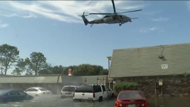 See dramatic airlift rescues in flooded Port Arthur