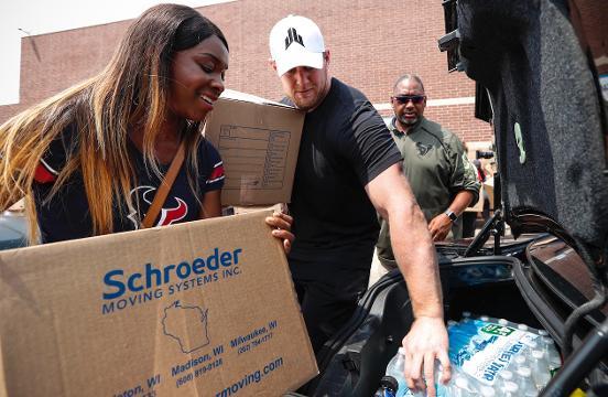 J.J. Watt hands out supplies to hundreds of Texans