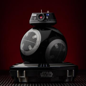 Meet the new, evil-looking droid from Star Wars