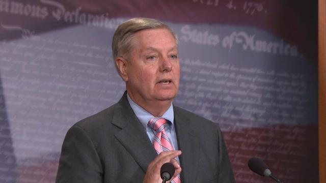 Senators push bill to help DACA recipients