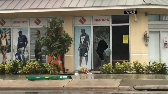 TV station captures suspected Irma looting