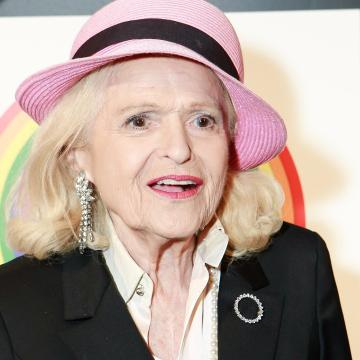 Gay marriage pioneer Edie Windsor has died at 88
