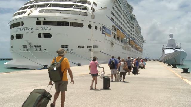 Royal Caribbean ship evacuates stranded travelers from St. Martin