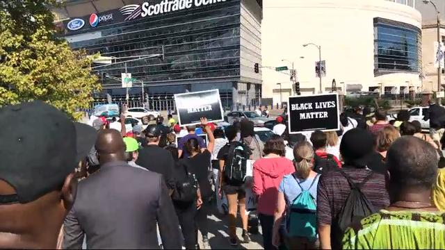 Hundreds of St  Louis protesters take to streets