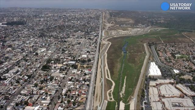 Raw: Aerial footage of the start and end of the U.S.-Mexico border