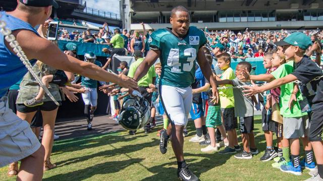 Report: Eagles RB Darren Sproles Set For Surgery on Broken Arm and Torn ACL