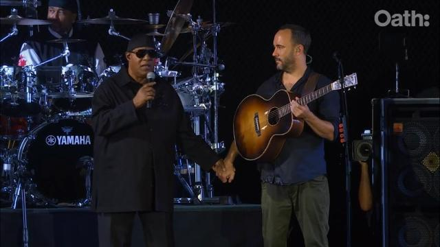 Pharrell, Wonder and Dave Matthews take a knee in Charlottesville