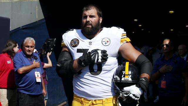 Steelers Player 'embarrassed' after standing alone for national anthem