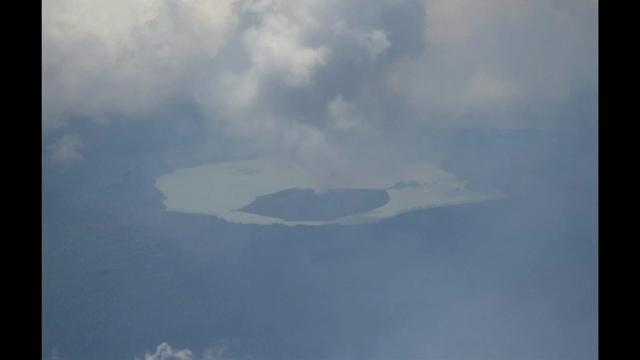 An erupting volcano has forced 6,000 people to flee their homes in the Pacific nation of Vanuatu. The Manaro volcano on Ambae island has been active since 2005, but a recent increase in activity has raised fears of a major eruption. (Sept. 28)