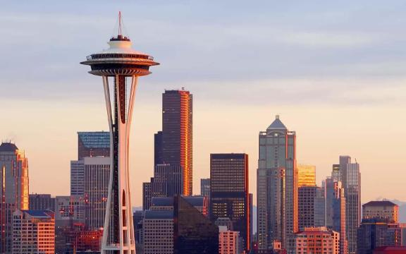 Seattle 39 S Space Needle Is Fetting A Glass Bottomed Dining Room