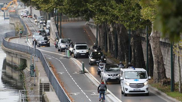 Paris wants to ban all cars with combustion engines by 2030