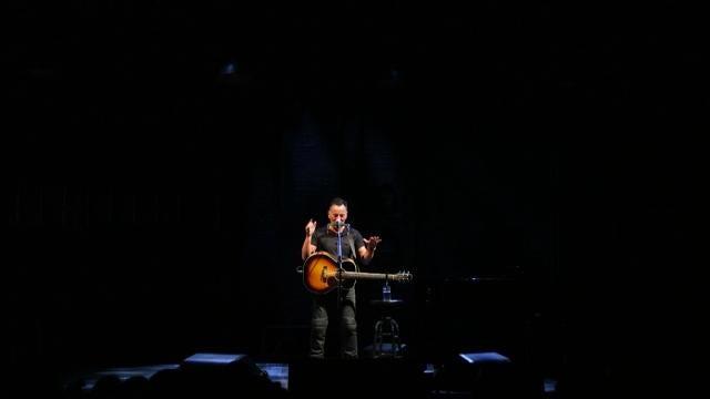 487bf54853cd90 Bruce Springsteen on Broadway  Vietnam