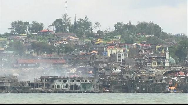 Raw: Philippine City Visibly Damaged After Siege
