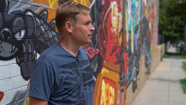 Recovering opioid addict shares path to addiction