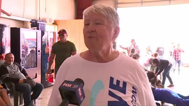 80-year-old woman goes skydiving