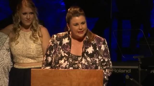 Loretta Lynn returns to stage following stroke