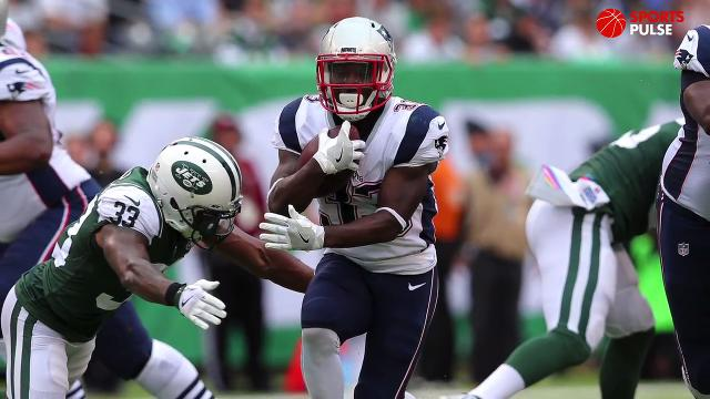 SportsPulse: USA TODAY Sports' Steve Gardner tells you which players to add and which to drop heading into Week 8 of the fantasy football season.