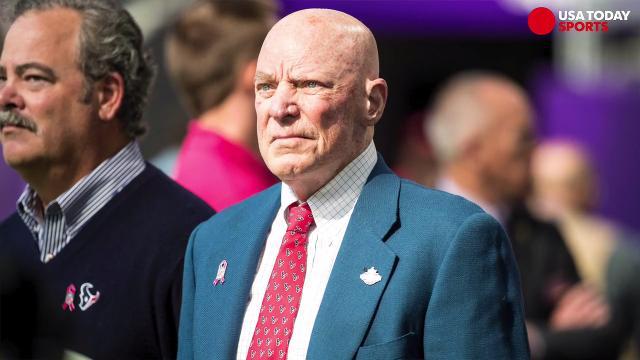 Majority of Texans players kneel after owner Bob McNair's 'inmates' remark