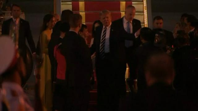 Trump Arrives in Hanoi Ahead of Meetings
