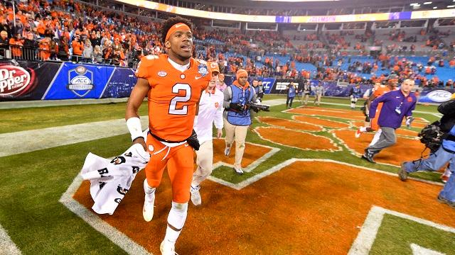 Amway Coaches Poll: Clemson stays No. 1 after dominant win
