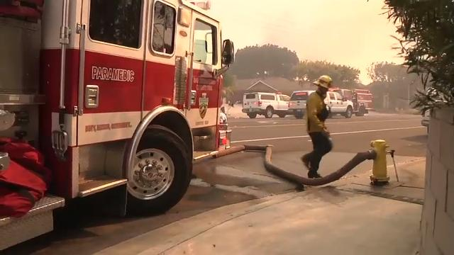 Wildfires destroy homes across southern Calif.