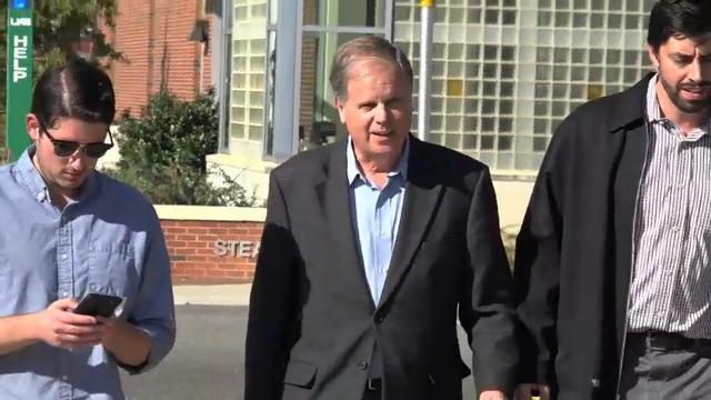 Final Days in Heated Alabama Senate Race