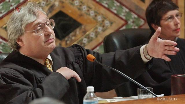 Sexual harassment allegations cause prominent federal judge to retire