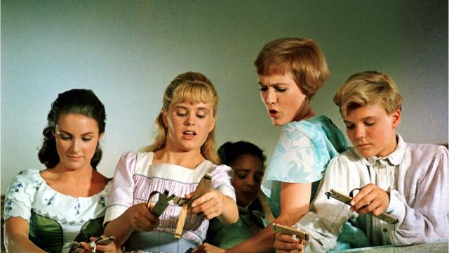 sound of music cast members mourn the death of heather menzies urich who played louisa - A Christmas Blessing Cast