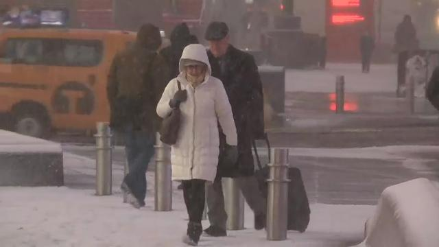 Raw: Gigantic winter storm reaches Times Square