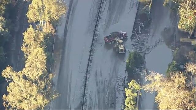 Rescue crews still working on So Cal mudslides