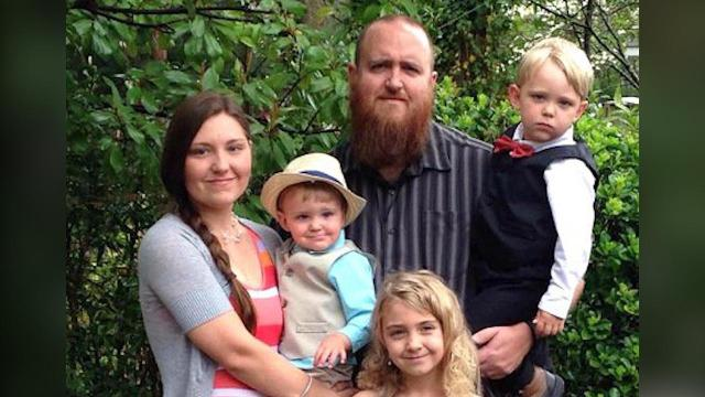 Father of 3 in medically induced coma after flu diagnosis