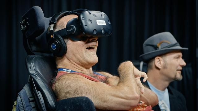 VR gives handicapped man experience he'll never forget