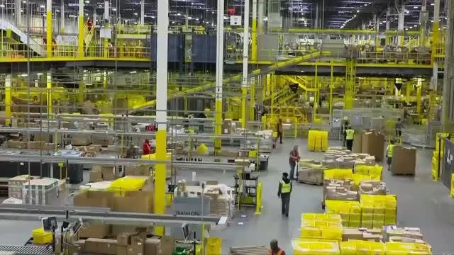 c34d10b58a05 Amazon planning to launch business delivery service