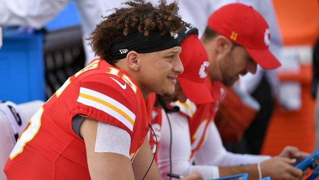 Patrick Mahomes' reaction to being named Chiefs starting QB