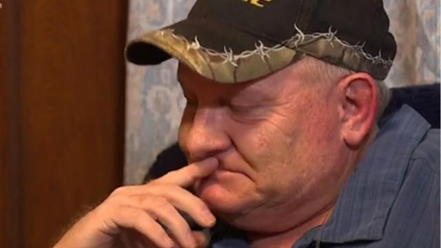 When a jail guard suffered a heart attack, inmates could have let him die, but they helped save his life. Now he's finally getting to say thanks.