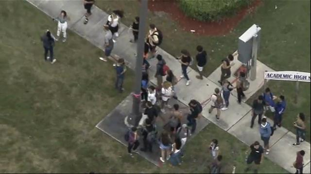 Fla. students walk-out to show solidarity
