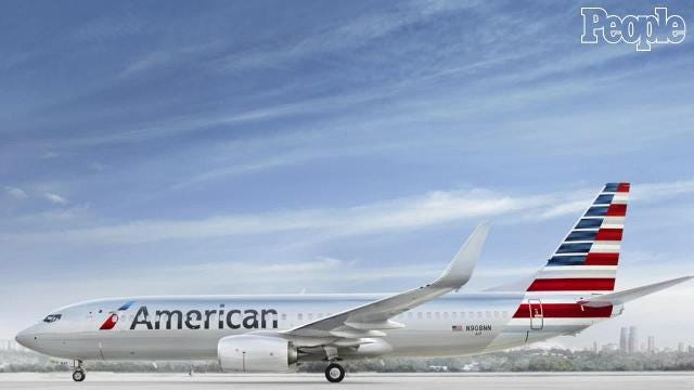 An American Airlines employee has been credited with preventing two teenage girls from a potentially dangerous trip