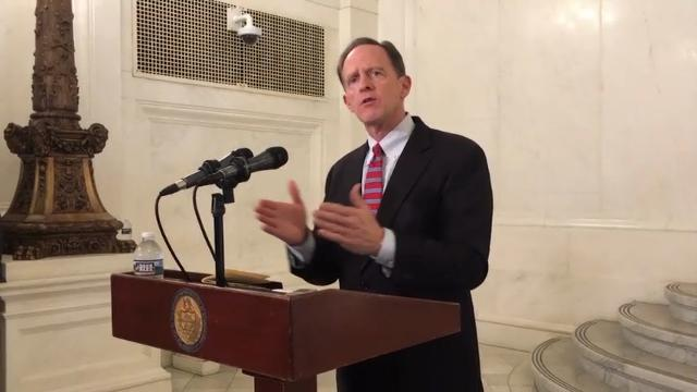 Toomey eyes reviving gun background check bill