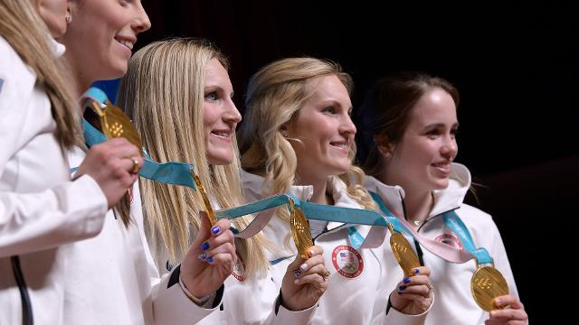 Will the Lamoureux twins retire after winning hockey gold for U S ?