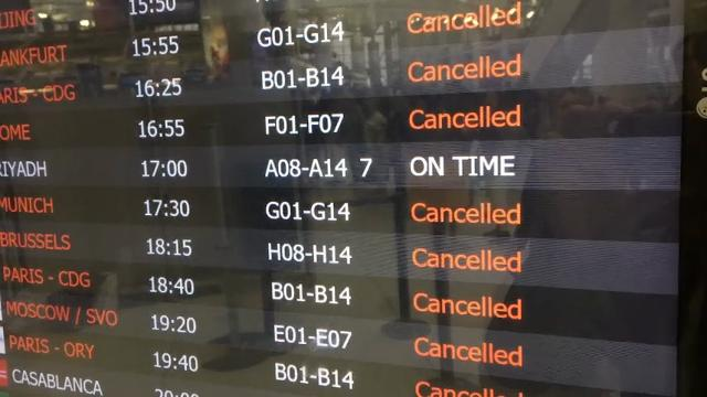 Airlines cancel 3,400+ flights as nor'easter snarls travel