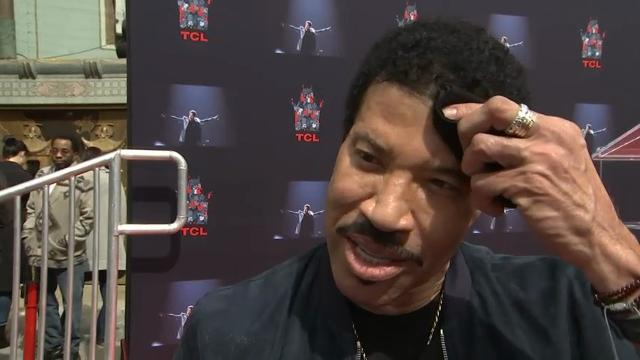 Lionel Richie says 'Hello' to a new album and summer tour