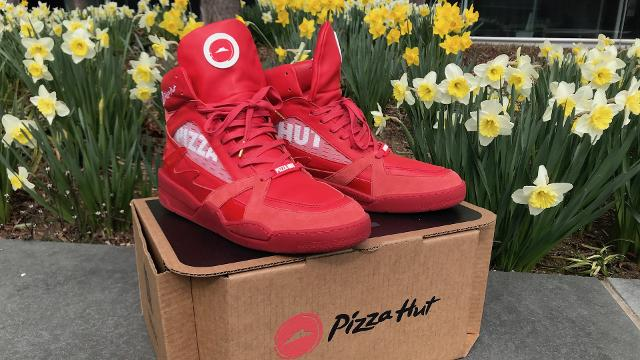 Order Pizza Hut through sneakers? I