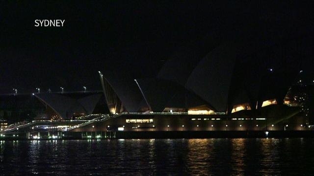 Sydney and Singapore go dark for global Earth Hour.